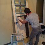 居間入口建具の着色